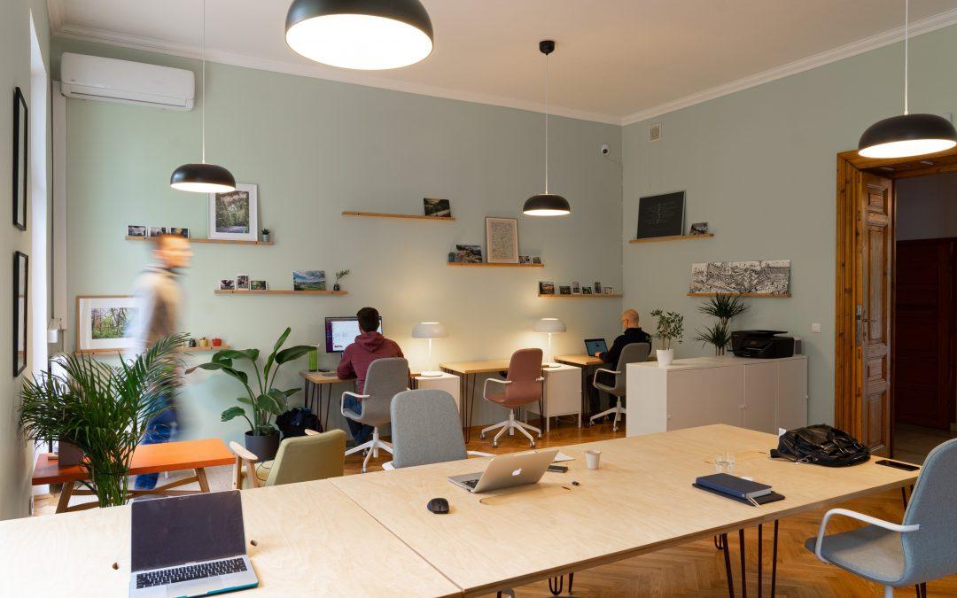 Ergonomiske kontorstole til dine medarbejdere